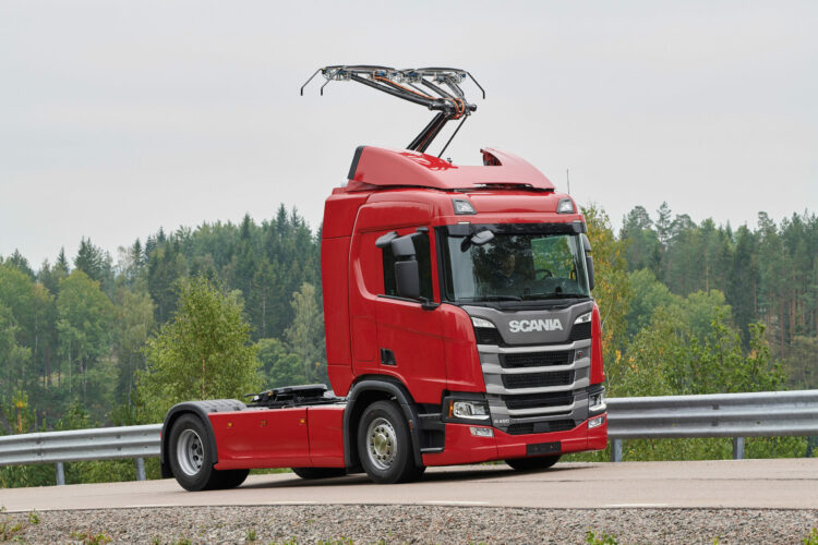 Truck for electric highway. ©Scania