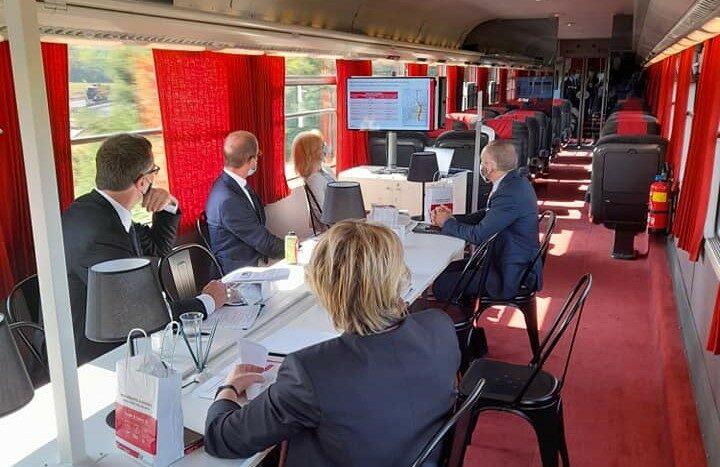 Seminar on board of Connecting Europe Express. Photo: Liguria Region