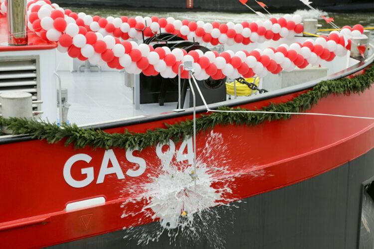 """Ceremonial naming of """"Gas 94"""""""