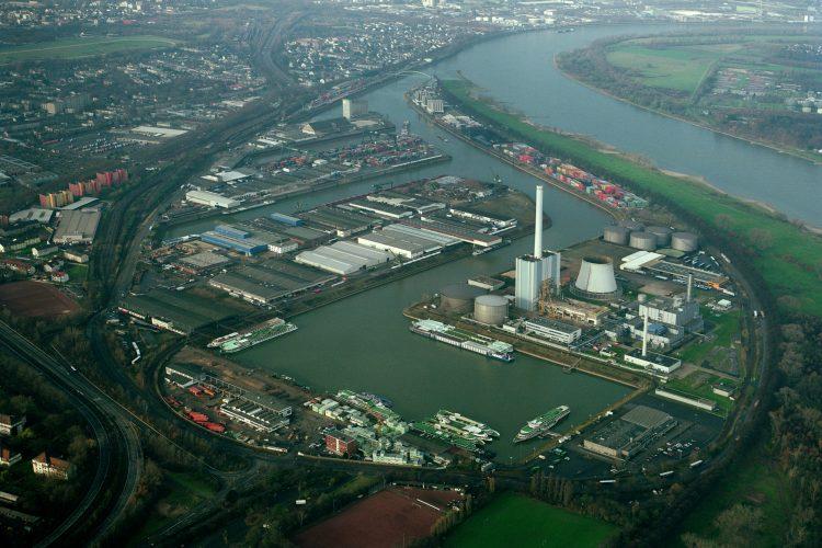 Symbolic photo (HGK): Port of Cologne / Niehl